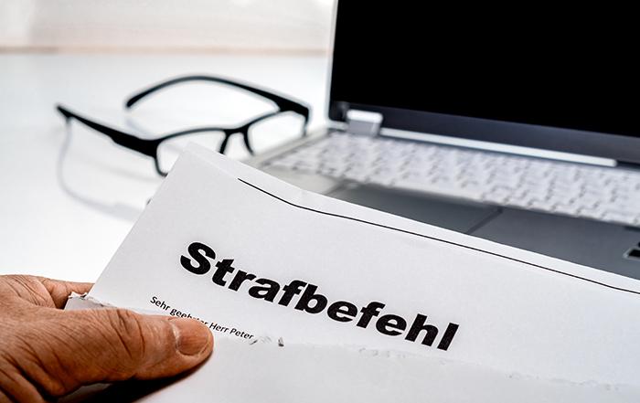 Einspruch Strafbefehl | Dr. Alexander Stevens | Anwalt für Strafrecht München | Fachanwalt für Strafrecht München